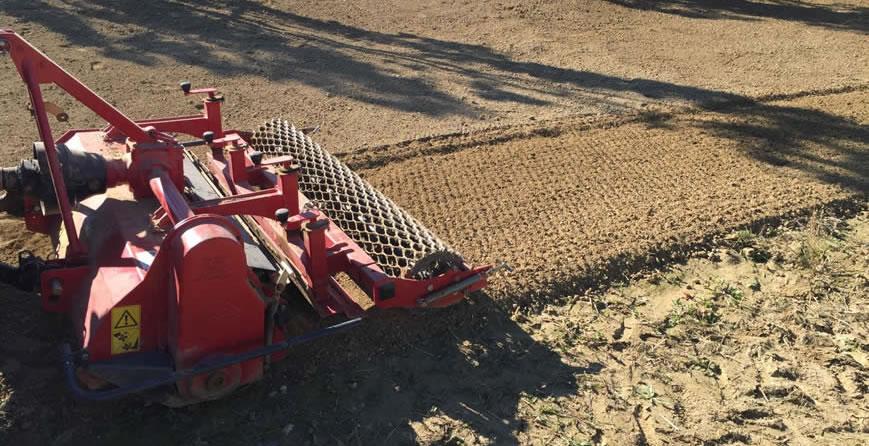 Attrezzatura per la preparazione del terreno
